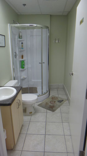 There are bathroom and shower facilities in the laboratory for your comfort.